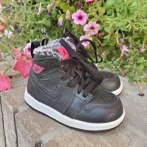 Air Jordan 1 retro hightop toddler Nike sneakers